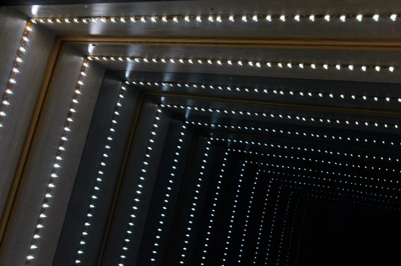 Infinity Mirror Light Tunnel